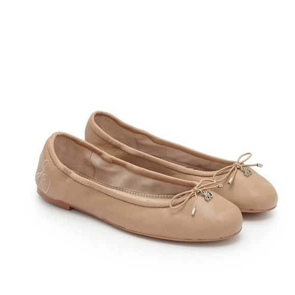 d323f5853bac3e NWT Nude Leather Sam Edelman Ballet Flats